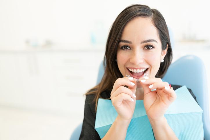 ¿Puedo sentir molestias con la ortodoncia invisible?